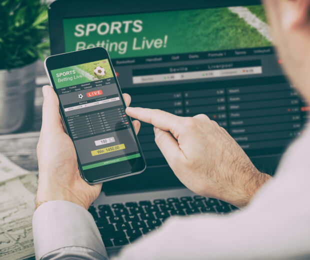 Everyone wants to pick the winning bets, but who actually does? The best sports betting strategy is yours for the taking—click here.