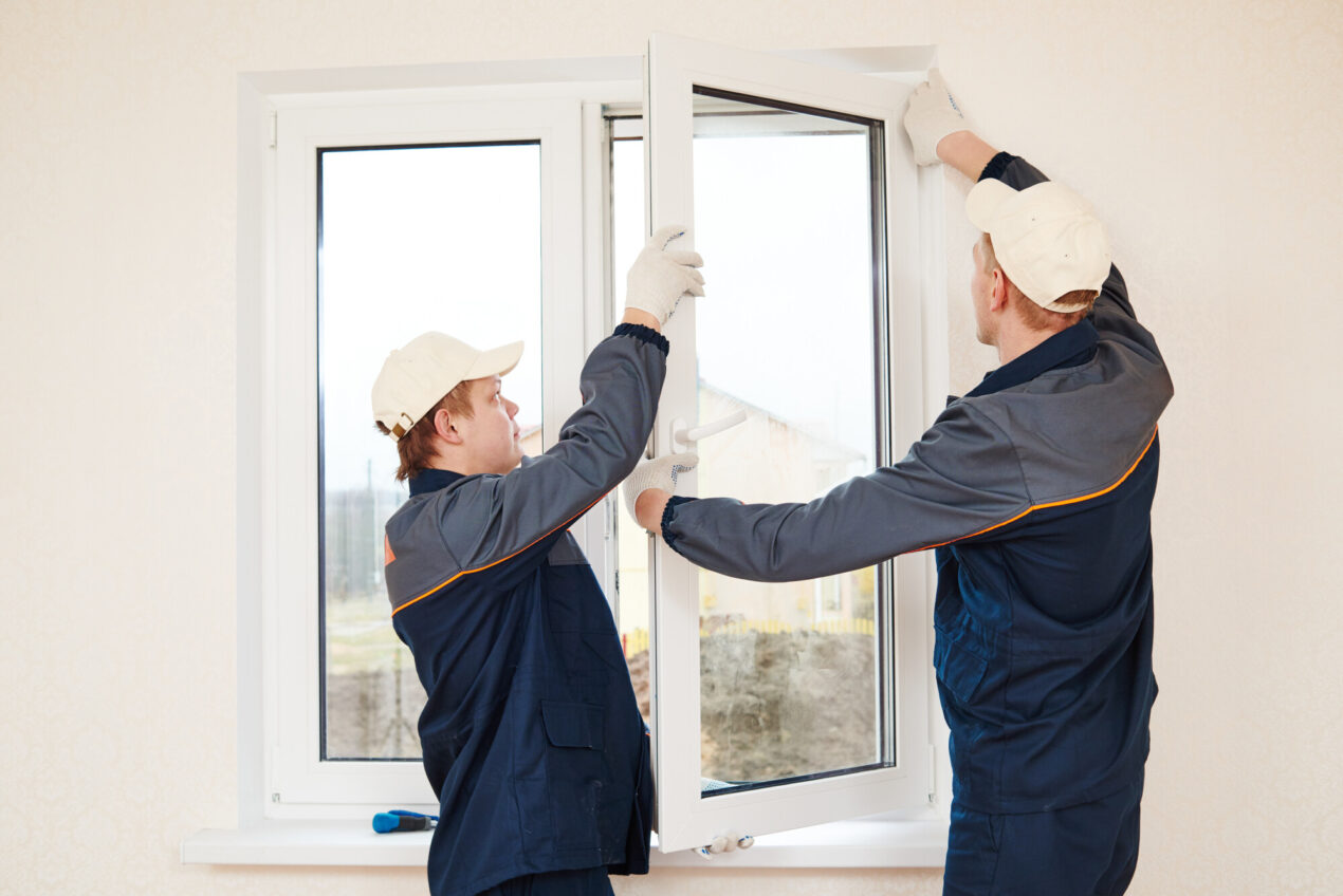 Is it time for you to replace your windows? In this guide, we'll look at five signs that it's time for replacement windows.
