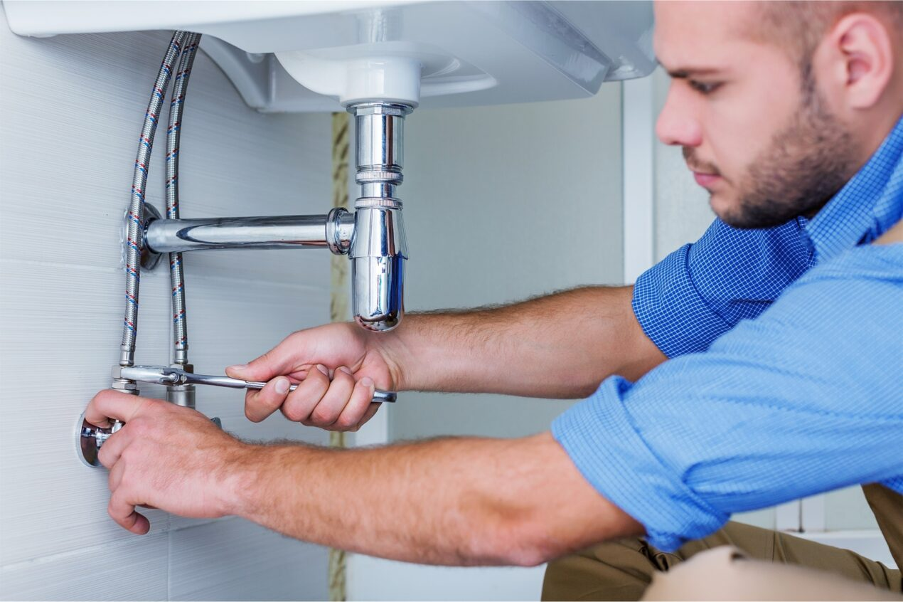 If you need to hire a plumber for your house, there are several things you should remember. These five tips can help make the process easier.